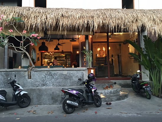 mudra cafe bali ubud where to eat travel guide wanderlust