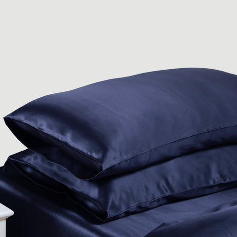 Cloud 9 Silk Pillowcases in Night-Sky Navy
