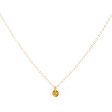 Load image into Gallery viewer, Minimal Gold Daisy Flower Necklace