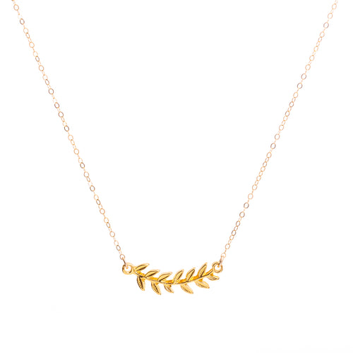 Minimal Gold Wreath Necklace
