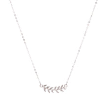 Load image into Gallery viewer, Minimal Silver Leaf Necklace
