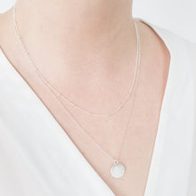 Load image into Gallery viewer, Minimal Satellite Chain Necklace