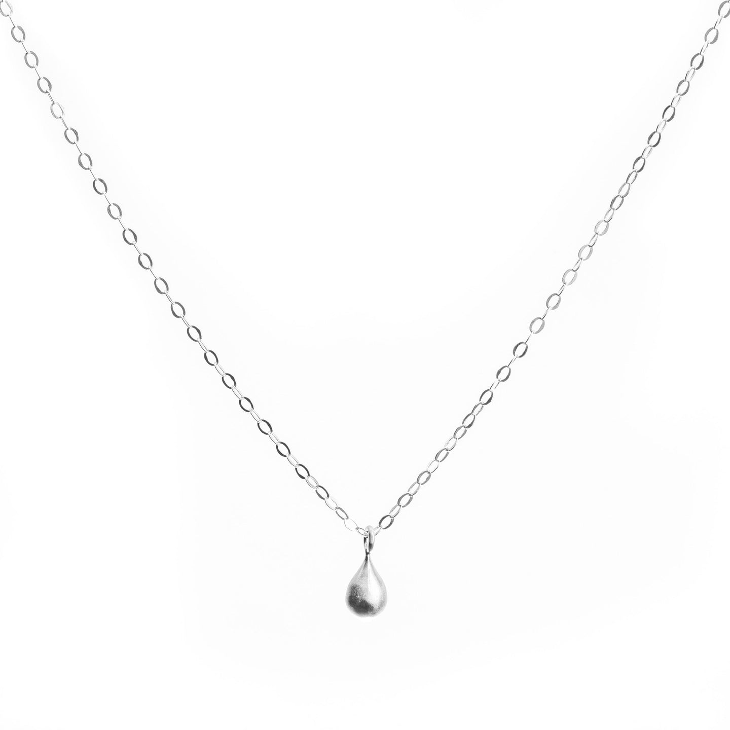 MInimal Silver Teardrop Necklace