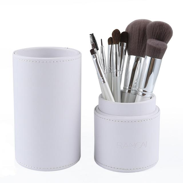 10pcs Professional Makeup Brushes Kabuki Eyeshadow Set With Holder Leather Case Makeup Brushes MojoTrend White