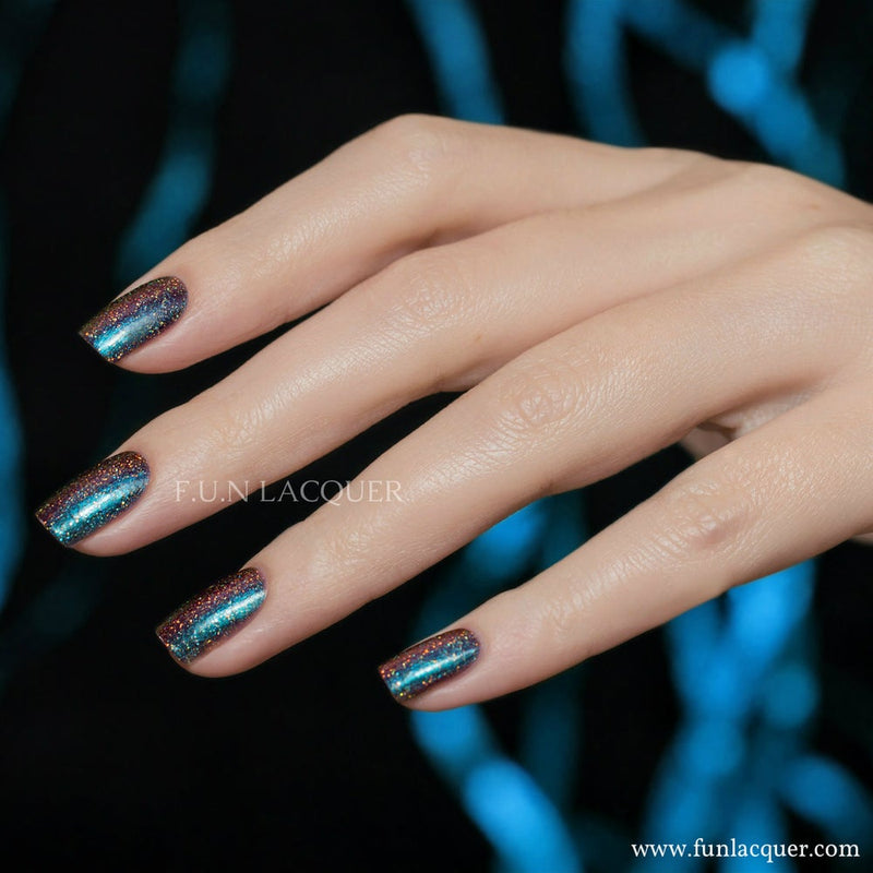Fun Lacquer Eternal Love H Holographic Multi-chrome 4