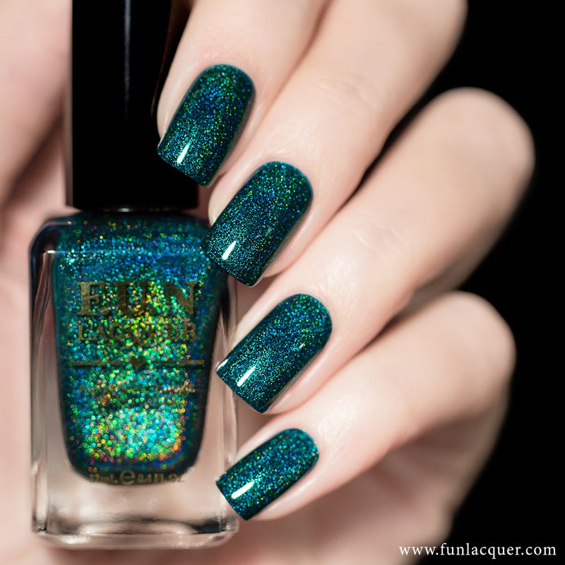Profound Teal Green Linear Holographic Nail Polish