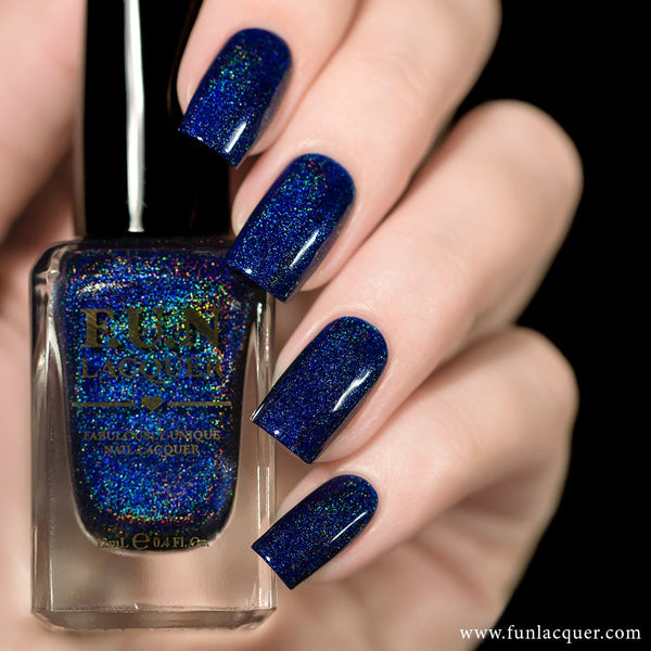 Starry Night Of The Summer Blue Linear Holographic Nail Polish
