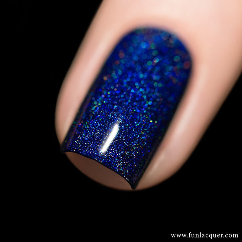 Starry Night Of The Summer Blue Linear Holo Nail Polish