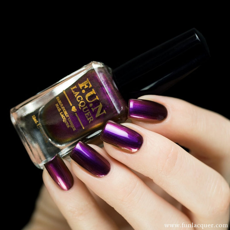 Storge Multi-Chrome Nail Polish 2