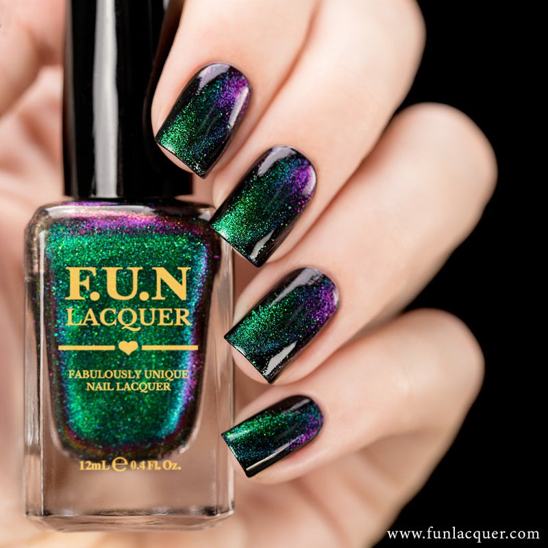Gorgeous Multichrome Magnetic Flakie Nail Polish