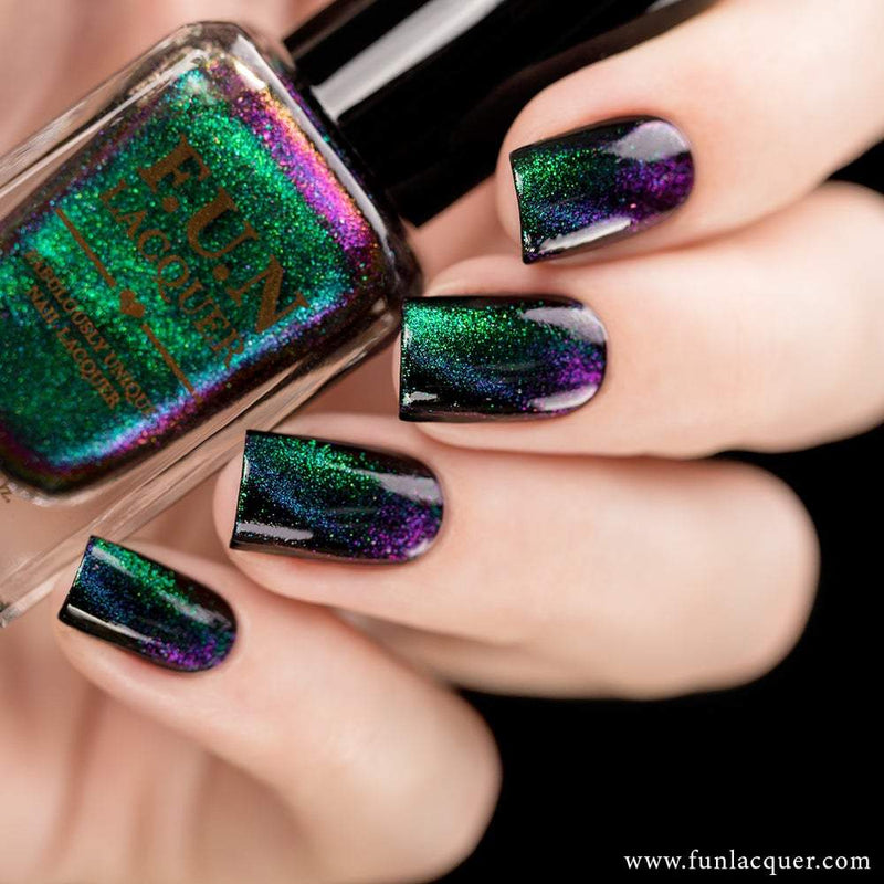 Gorgeous Multichrome Magnetic Cat Eye Nail Polish