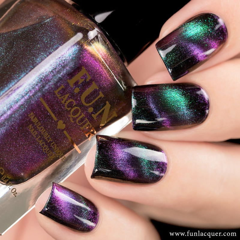 Believe Multi-chrome Magnetic Cat Eye Nail Polish