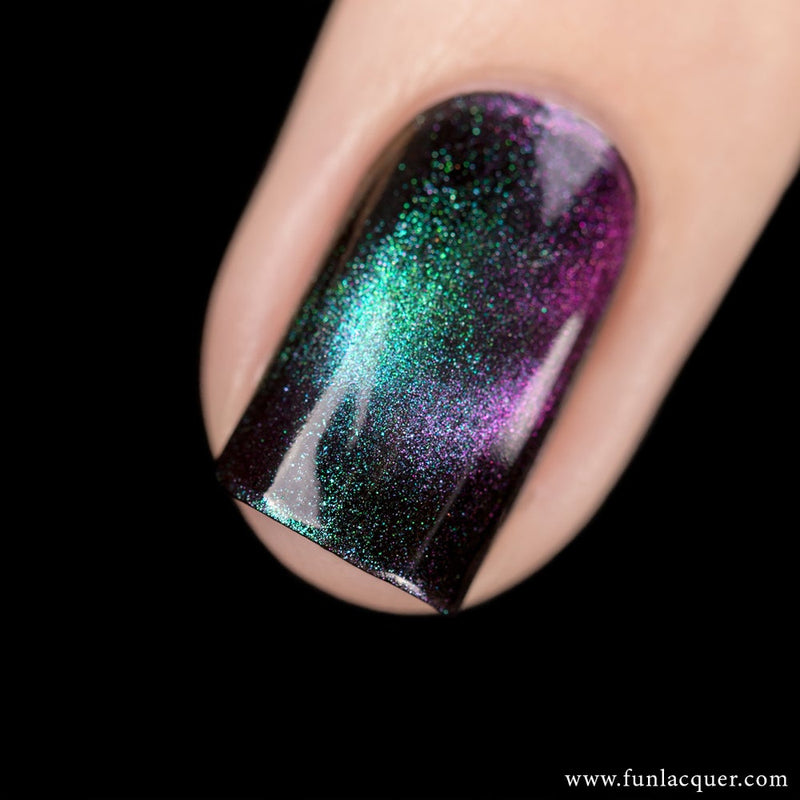 Believe Multichrome Magnetic Galaxy Nail Polish