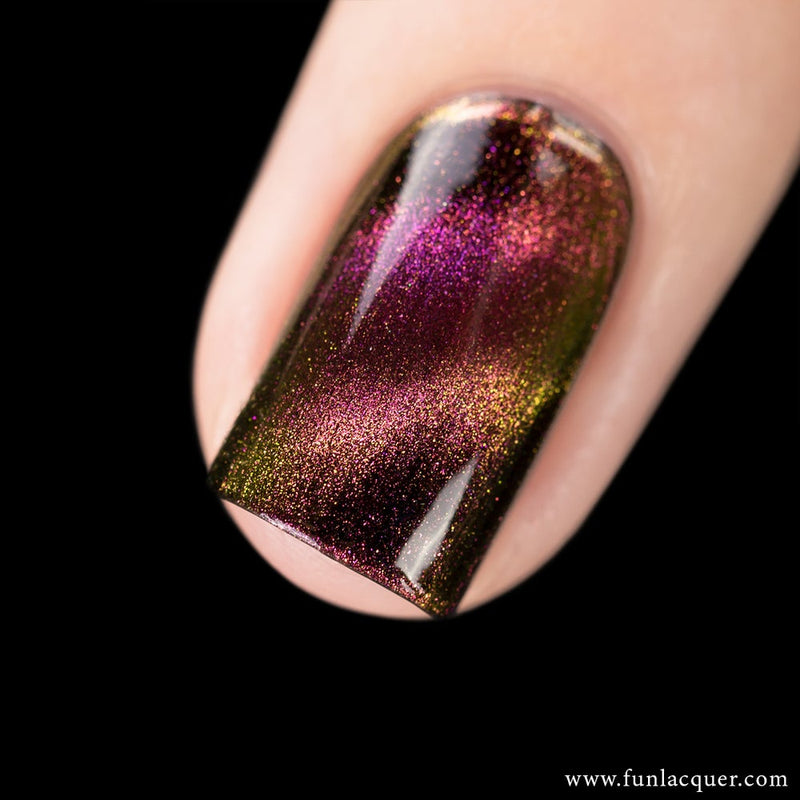 Incredible Multichrome Magnetic Galaxy Nail Polish