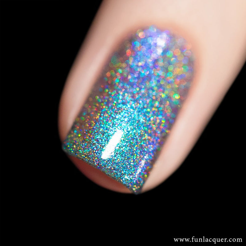 Magician Ocean Blue Color Shifting Holographic Nail Polish