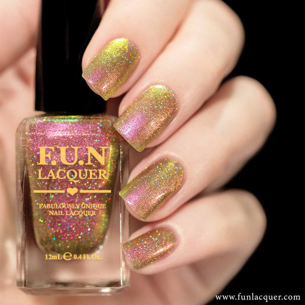 Sakura (H) Color Shifting Holographic Nail Polish