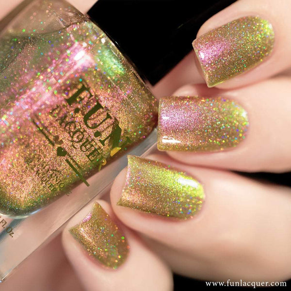 Sakura (H) Pink Color Shifting Holographic Nail Polish
