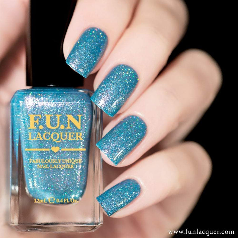 Snowing Baby Blue Metallic Holographic Nail Polish