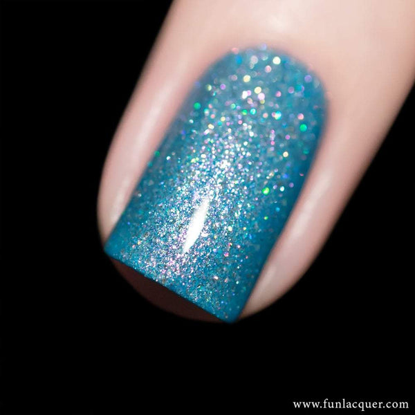 Snowing Blue Metallic Holographic Nail Polish