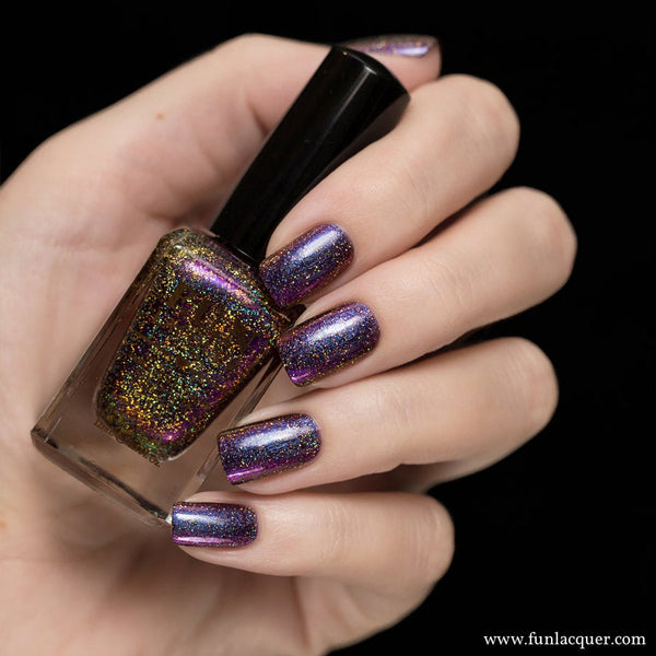 Reunion Holographic Multi-Chrome Reunion (H) Nail Polish 1
