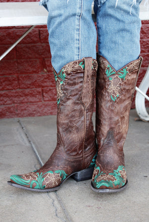Old Gringo Erin Boots~ Custom Cowgirl Kim Color and Embroidery - Cowgirl Kim