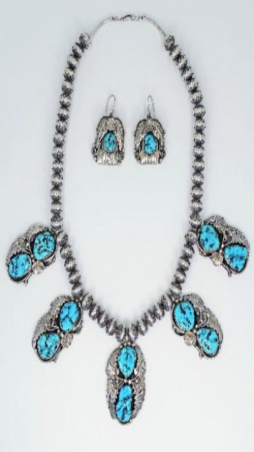 Vicki Orr  Vintage Kingman Turquoise Nugget 5 Pendant Navajo Pearl Necklace and Earring Set. - Cowgirl Kim