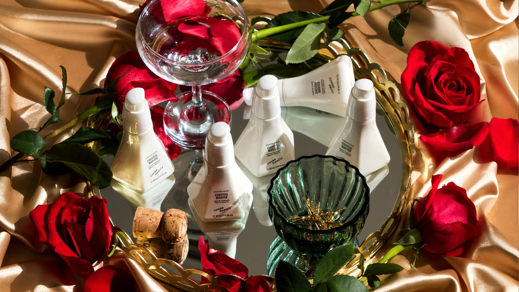 Holiday Gifting Greats: What to Give Everyone on Your List | Cuvée Beauty