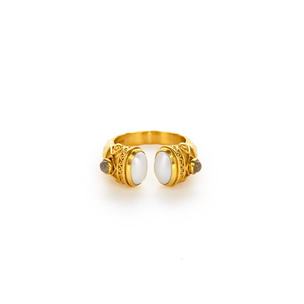 Savannah Pearl Ring