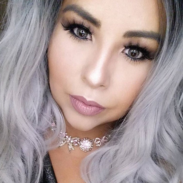 Beauty blogger Marybell Florez wearing VAIN Beauty mink eyelashes BELLA