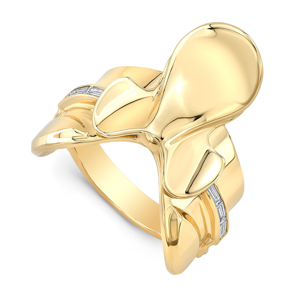 Saddle Ring with Diamonds