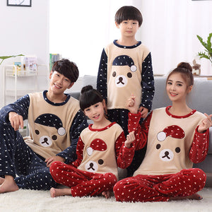 Family Matching Christmas Pajamas Winter Clothes Coats Mother and Daughter Son Pyjamas Clothes Fleece Couples Matching Clothing