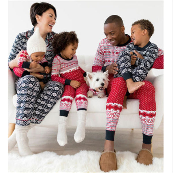 2017 New Christmas Pajamas Family Matching Clothes Sets Winter Mother Father Daughter And Son
