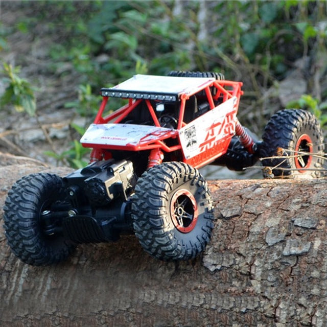 2.4G 4WD RC Rock Driving Crawlers Remote Control Car Double Motors Drive Bigfoot Car Model Off-Road Vehicle Toy RC Car  EU Plug