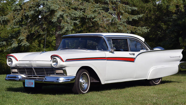 SOLD    1957 Ford Fairlane