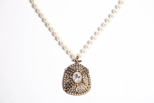 Vintage Lady Necklace