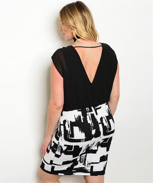 Women's Plus Size Abstract Print Black White Low Back Dress