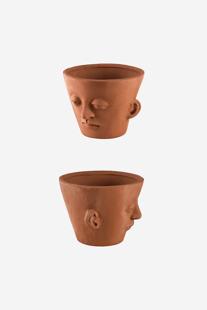 Head Planter Pottery Classic Roja Detail