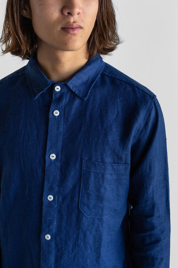 Manyana Shirt Linen Espadin Navy Look Book Male Front Neck Detail