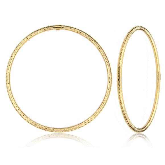 Dazzling Stripes 14k Yellow Gold Bangle