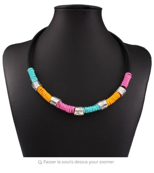 Collier ethnique coloré en corde
