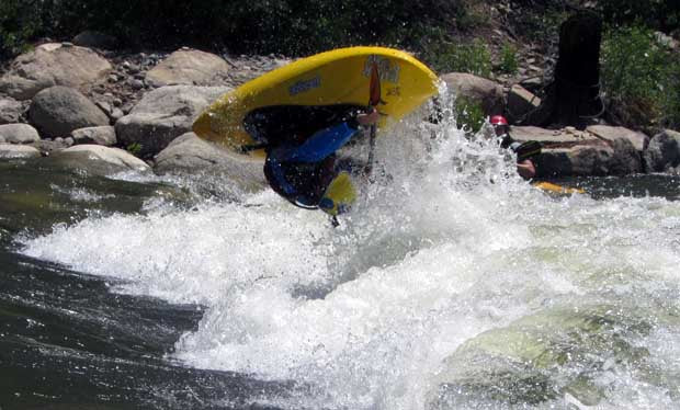 AT_Eddy_Whitewater_kayak_Paddle_Review_Stephen_Wright_Loop