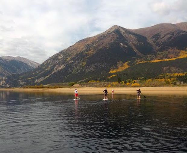 Stand_Up_Paddling_Outdoor_Play