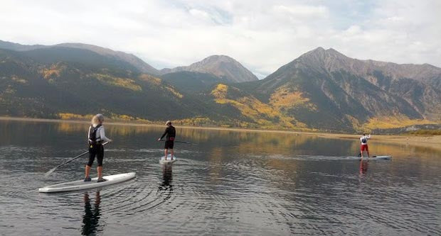 Stand_Up_Paddling_Twin_lakes_Colorado_Aspen