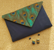Load image into Gallery viewer, Peacock Envelope Clutch