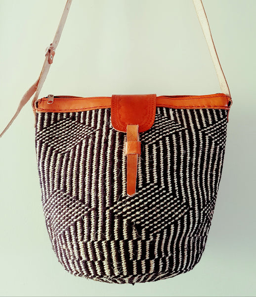 Handmade Black and White Kiondo Bag with Brown Leather Straps/ Ethnic Kenyan Kiondo Bag