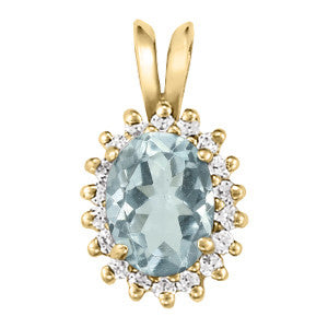Yellow Gold Aquamarine Pendant with Sidestones