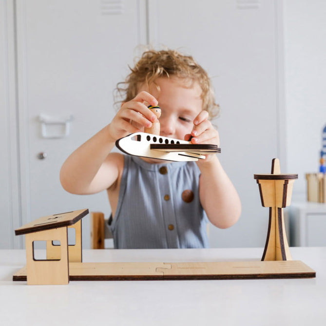 AIRPORT WOODEN PLAY SET