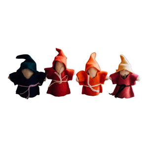 GNOME FAMILY OF 4