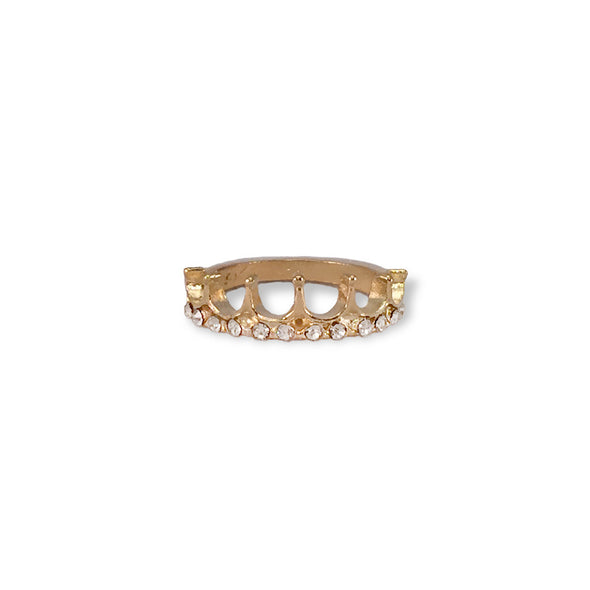 gold toned princess ring with white rhinestones