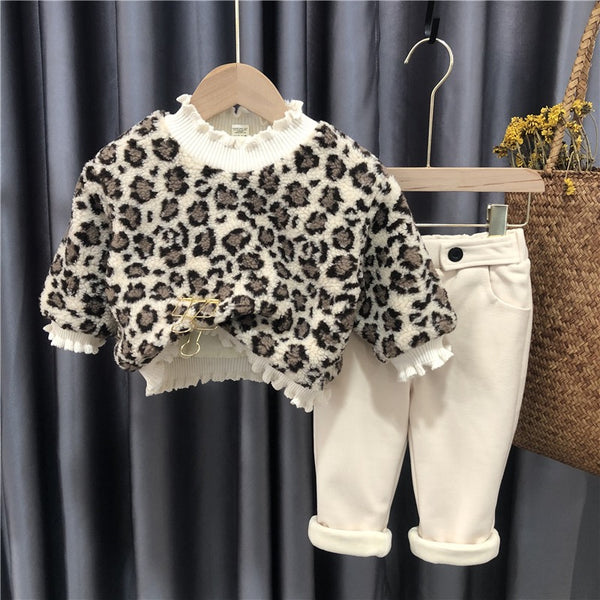 Leopard Sweatshirt and winter pants set